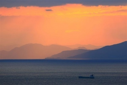 軽キャンピングカー「ちょいCam豊」で撮りに行った駿河湾の朝