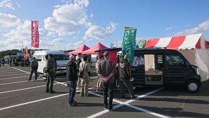 軽キャンピングカーちょいCamが出展する東北キャンピングカーフェア2020 秋に展示されているちょいCamとお客様